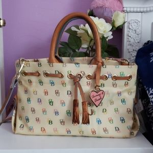 Vintage Dooney &Bourke bag..